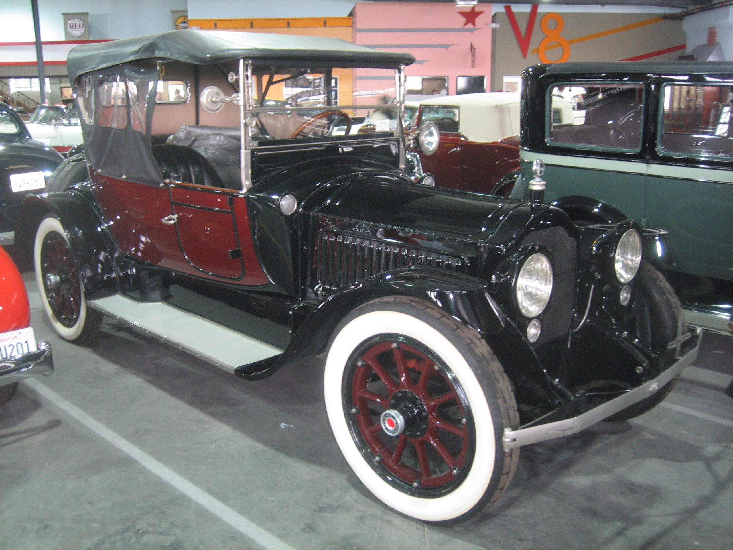 1916 Packard A for rent
