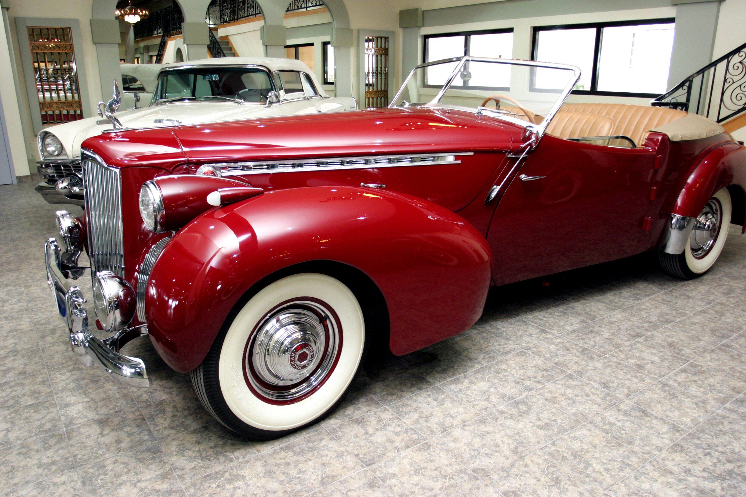1940 Packard Darrin for rent