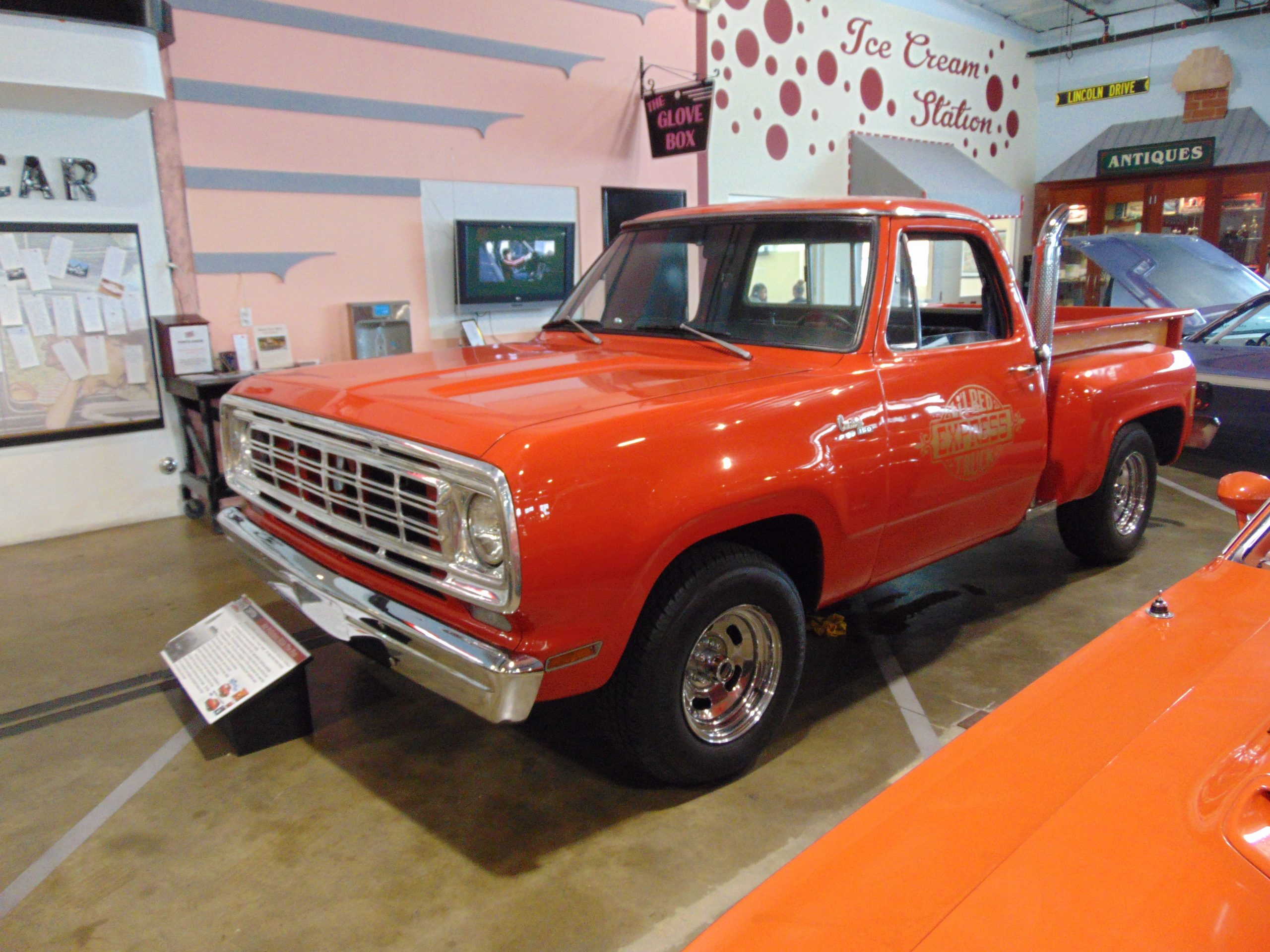 1976 Dodge Truck for rent