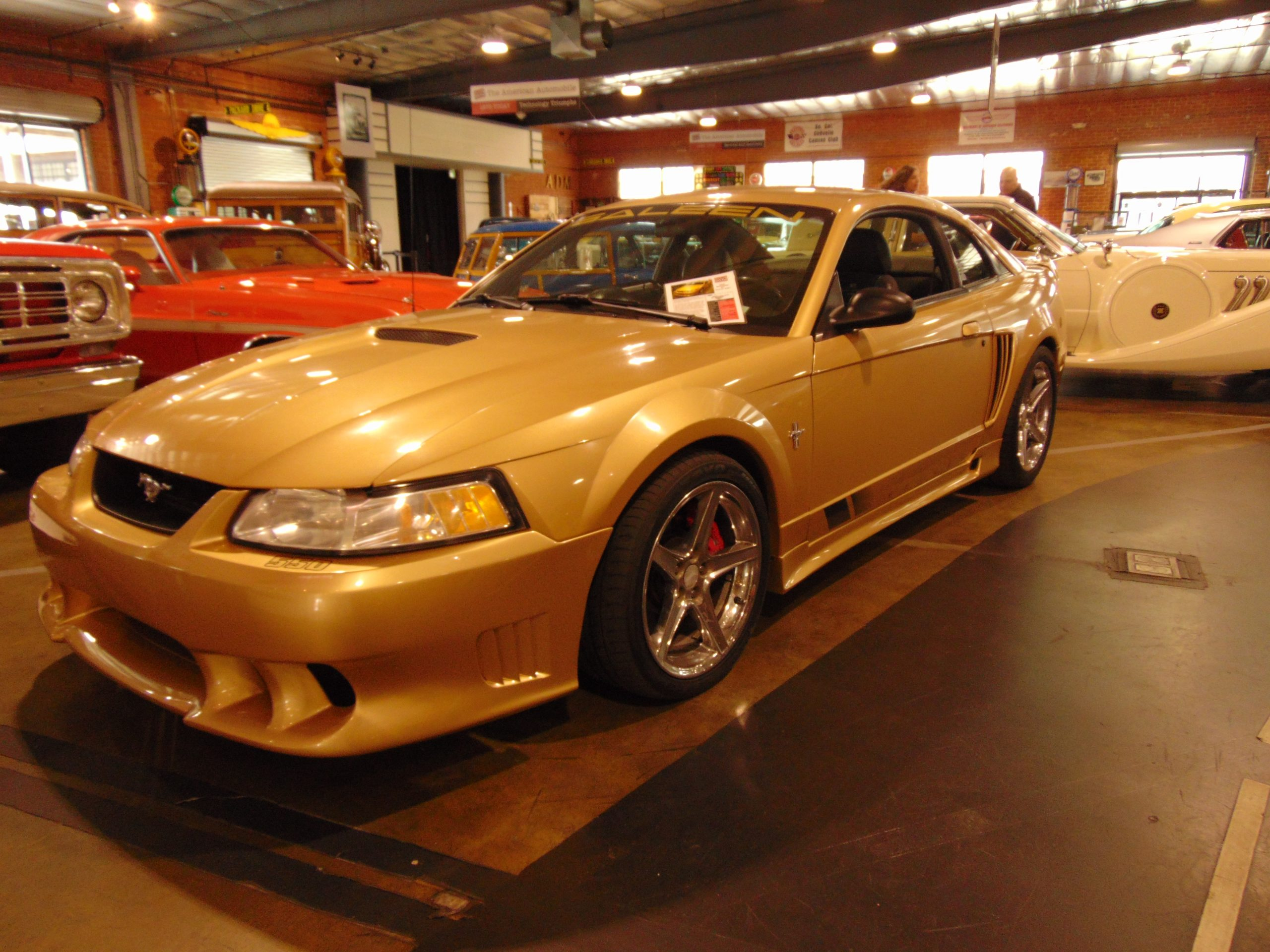 2000 Ford Mustang Saleen for rent